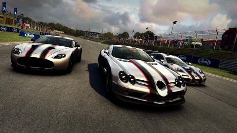 El Aston Martin Zagato V12 (2011), el McLaren Mercedes SLR 722 (2007) y el McLaren F1 GTR (1995) ya están disponibles para comprar en GRID Autosport.