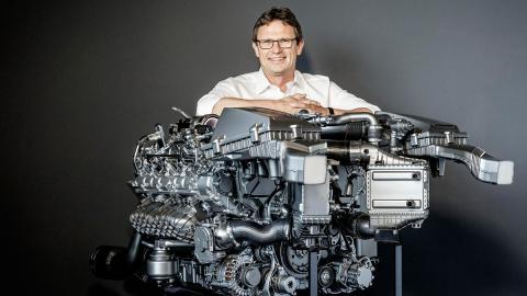 Motor AMG 4.0 V8 Biturbo - Christian Enderle