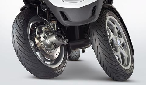 Piaggio MP3 500 LT 2014 ruedas