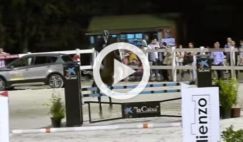 Así es el Jump&Drive: empieza a caballo, termina en coche