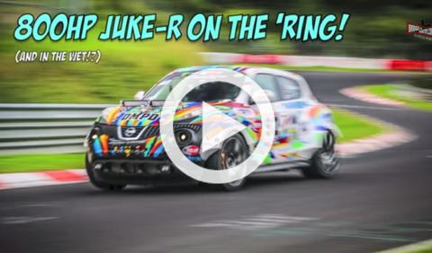 Un Nissan Juke-R de 800 CV se divierte en Nürburgring