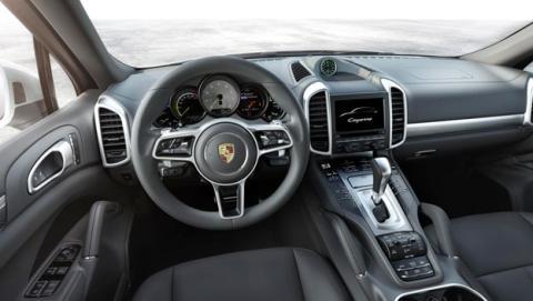 Interior Porsche Cayenne 2014