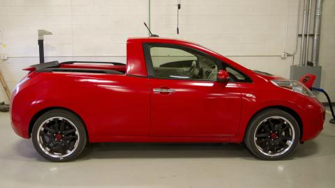 Nissan Leaf pick-up lateral