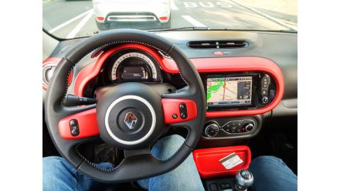 Renault twingo 2015 interior