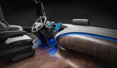 Mercedes Future Truck salpicadero