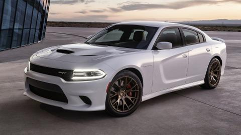 cinco berlinas produccion mas potentes Dodge Charger SRT Hellcat