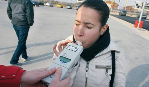Trucos falsos para burlar los controles de alcoholemia