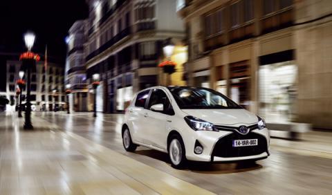 Toyota Yaris 2015 hibrido