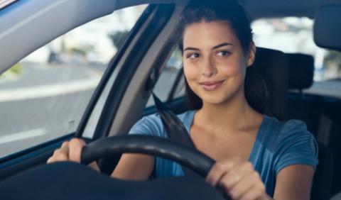 Los seguros de coche, más caros para las mujeres