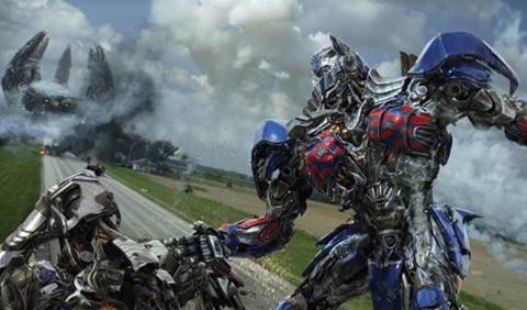 Los protagonistas de 'Transformers 4' hablan de los coches