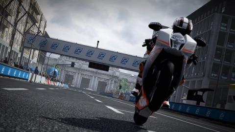 Los juegos de carreras de 2015: Ride.