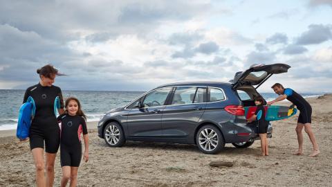 BMW Serie 2 Gran Tourer en la playa