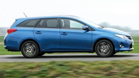 Toyota Auris familiar