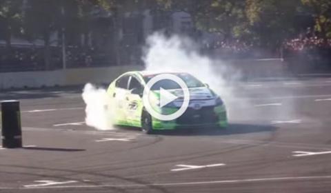 Vídeo: ¿Se puede hacer drift con un Toyota Prius?