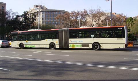 Barcelona quiere que el coche pague el transporte público