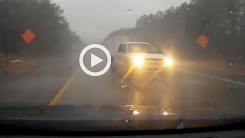 Vídeo: ¿idiota o habilidoso al volante?