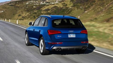 Audi SQ5 trasera