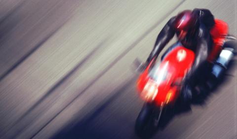 Denuncian carreras de motos ilegales en Ibiza