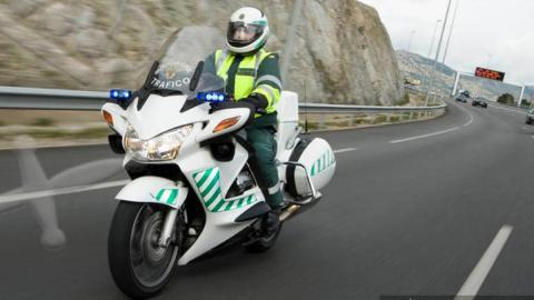 La Guardia Civil se queda sin motos en La Palma