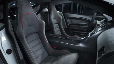 interior vantage gt3