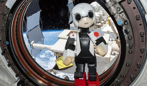 El robot astronauta Kirobo regresa a la tierra