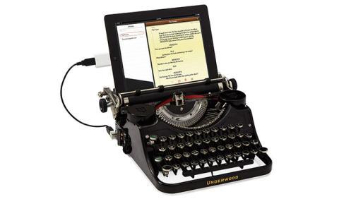 Curioso gadget que moderniza tu vieja máquina de escribir