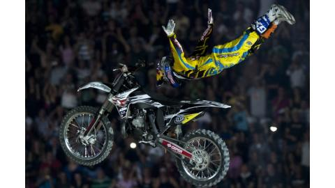 Red-Bull-X-Fighters-Madrid-Torres