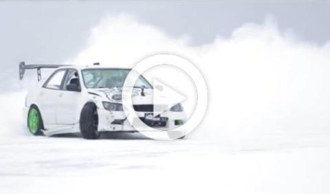 El nuevo deporte invernal de moda: 'drift' sobre hielo