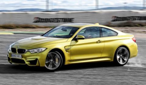 BMW-M4-tres-cuartos-izquierda-peq