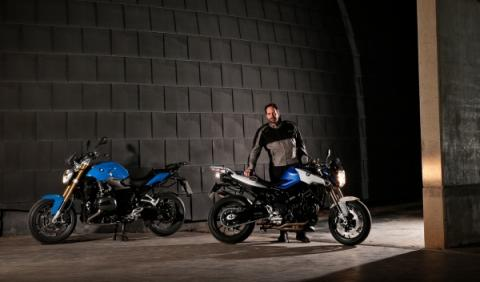 Prueba-BMW-R1200-R-BMW-F-800-R-2015