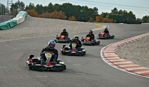 Disfruta con tu padre en una carreras de karts