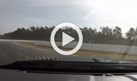 Vídeo: un Shelby GT500 se queda sin frenos en circuito