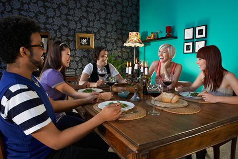 Contrata un chef profesional a domicilio y sorprende a tus amigos