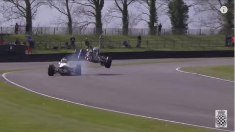 Vídeo: espectacular salto de un F1 histórico en Goodwood