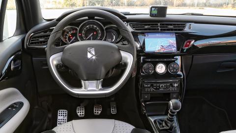 DS utilizará granito en el interior de sus coches