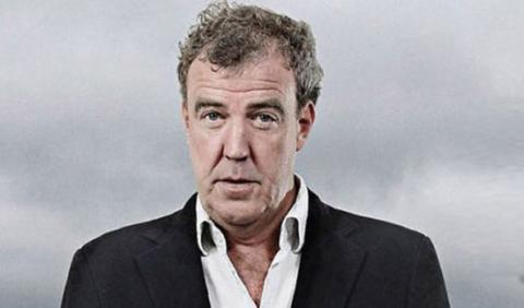 Jeremy Clarkson se libra de una multa por su cara 'bonita'