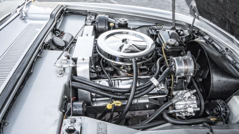 studebaker avanti motor