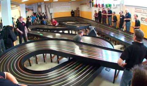 Vídeo: campeonato de slot a velocidad superabsurda