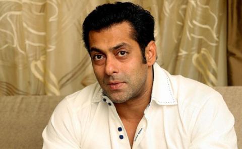 Salman Khan, condenado a cinco años por atropello y fuga