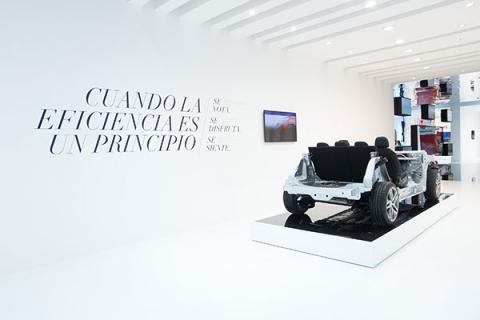 El stand de Peugeot, Citroën y DS apuesta por las tecnologías y la conectividad