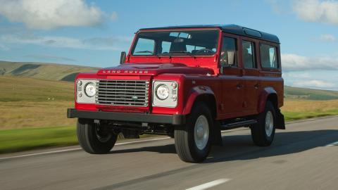 coches-vieja-escuela-todavia-fabrican-Land-rover-defender
