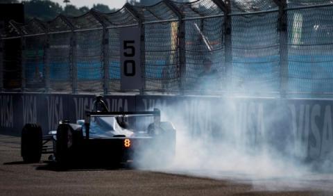 Fórmula E pasada de frenada