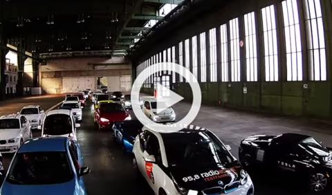 577 coches eléctricos se unen para batir un Récord Guinness