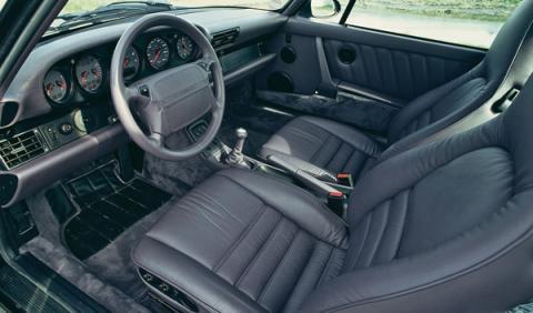 Porsche empieza a construir salpicaderos para 911 clásicos