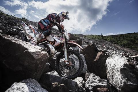 Red Bull Hare Scramble 2015. Entre piedras.