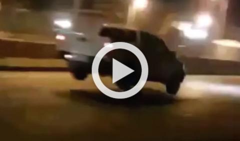 A saltos con los coches, en Arabia Saudí