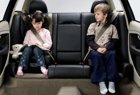 Cinco consejos para viajar con niños en coche