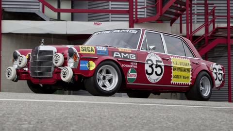 coches-mas-bestias-mercedes-amg-300-SEL-6-8-red-pig
