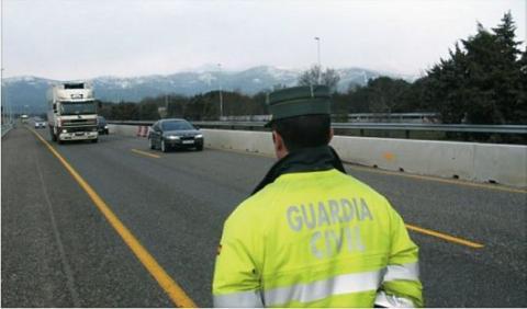 Multa de 300 euros por llamar 'colega' a un Guardia Civil