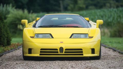 Bugatti EB110 SS amarillo